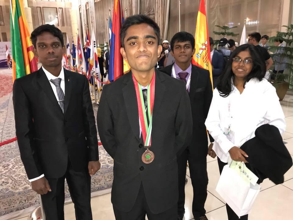 Shakthi Senarathne (front) Bronze Medalist at IBO 2018